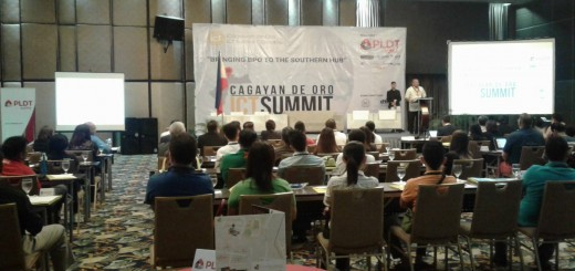 Mayor Moreno opens the first CDO ICT Summit with a keynote message.